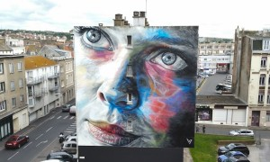 Impressive_Portrait_Mural_by_Street_Artist_David_Walker_in_Boulogne_Sur_Mer_France_2016_header