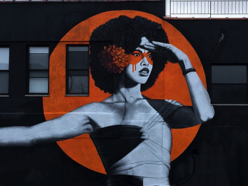 the_watcher_new_mural_by_street_artist_fin_dac_in_bushwick_nyc_2016_03