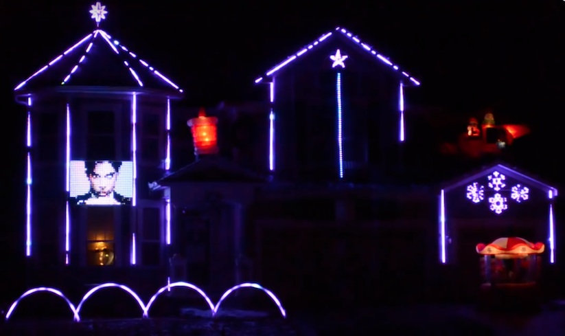 awesome_christmas_light_show_as_a_great_tribute_to_prince_in_minnesota_2016_01