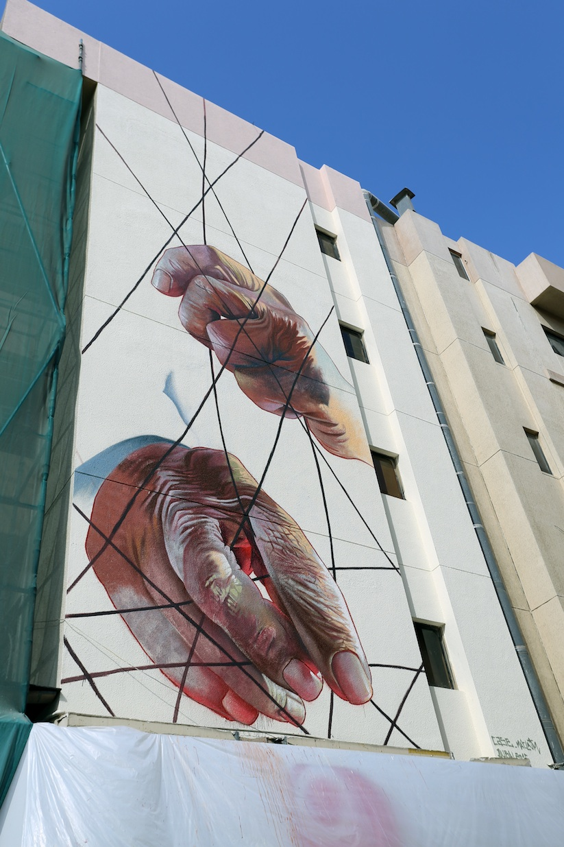 the_past_mural_by_case_maclaim_in_dubai_2016_10