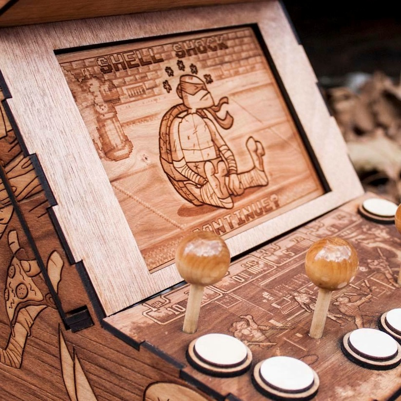 the_spitfirelabs_awesome_wooden_creations_pays_tribute_to_retrogaming_pop_culture_2016_06