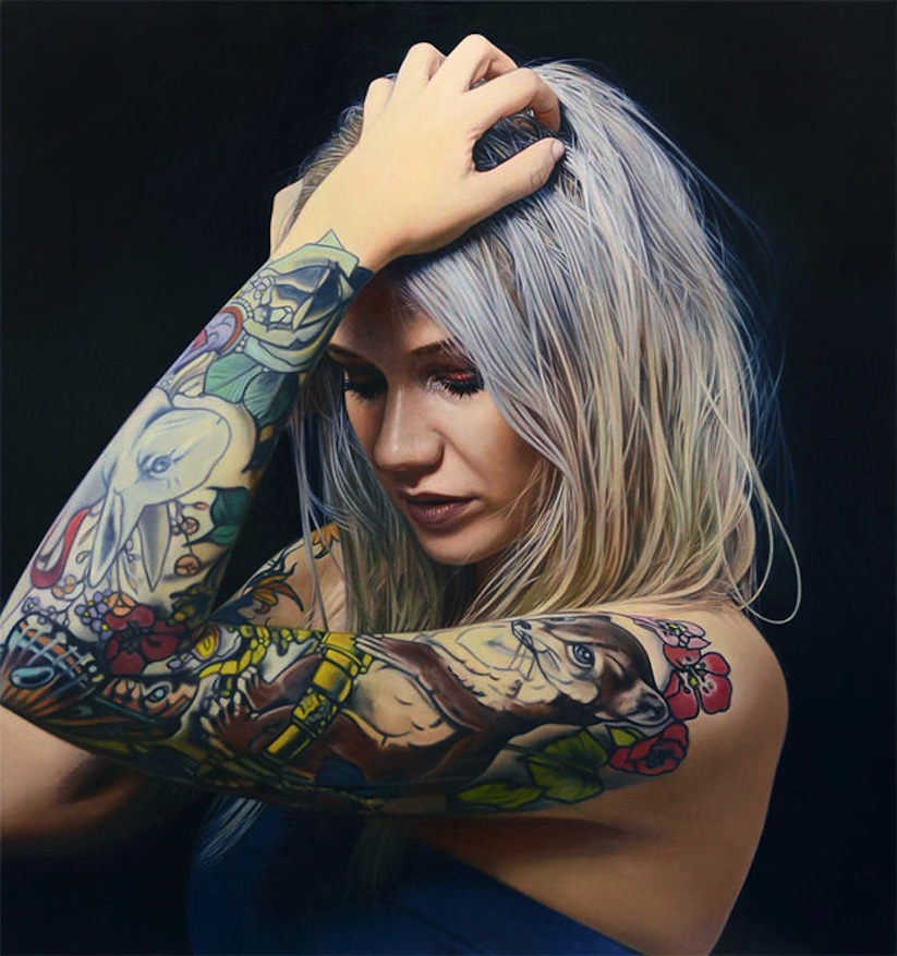 hyperrealistic_portrait_paintings_of_tattooed_girls_by_artist_philip_munoz_2016_01