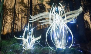 Light_Paintings_by_Finland_based_Artist_Hannu_Huhtamo_2017_header