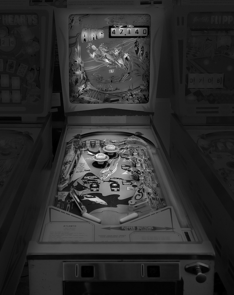 saudade_pictures_of_analog_pinball_machines_by_michael_massaia_2016_04