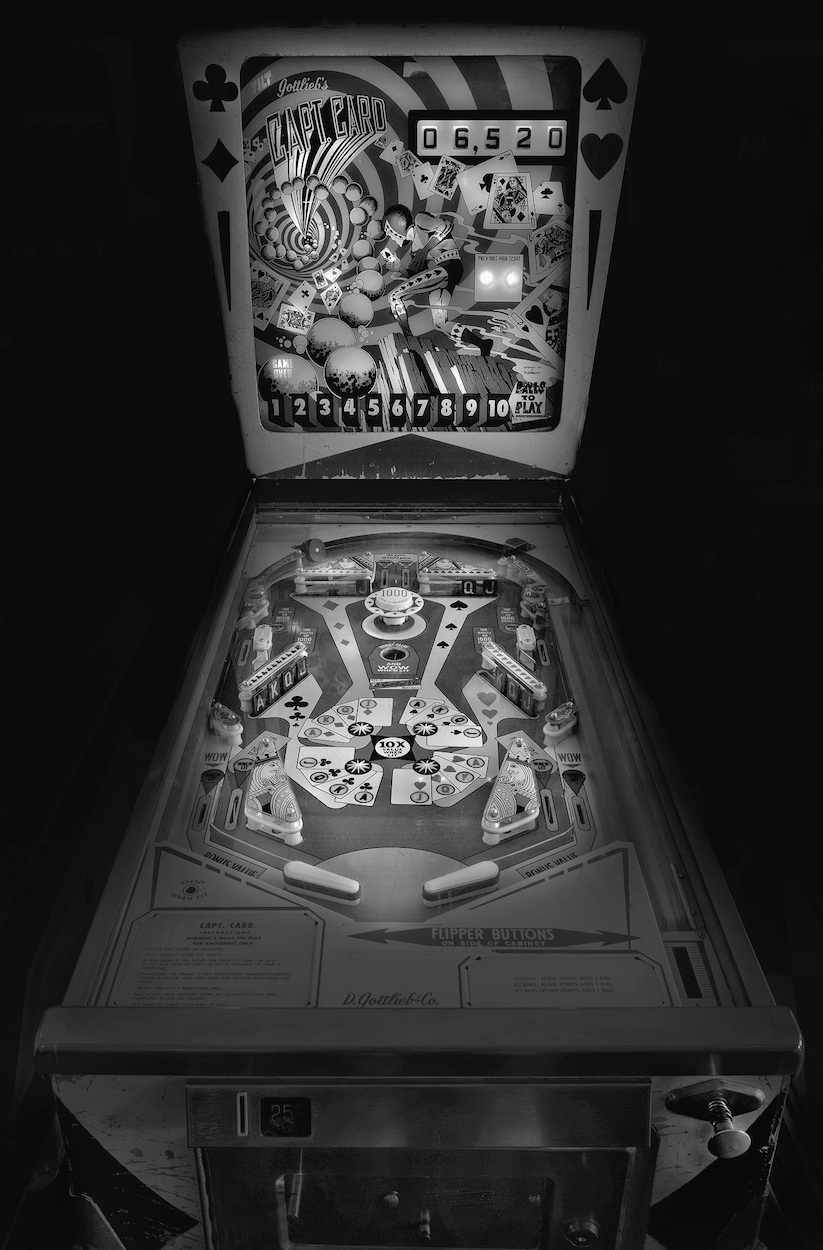 saudade_pictures_of_analog_pinball_machines_by_michael_massaia_2016_10