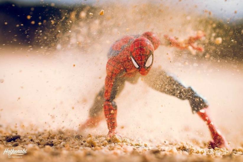 Superhero_Action_Figures_Arranged_by_Hotkenobi_2017_06