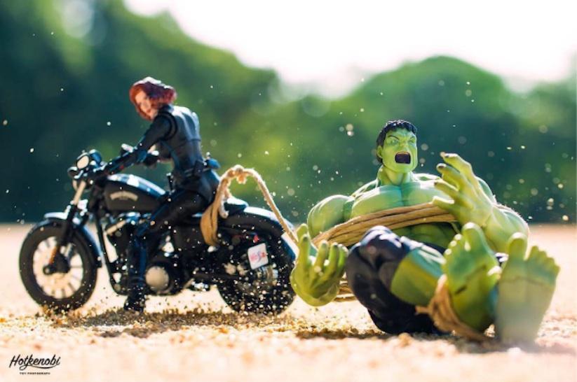 Superhero_Action_Figures_Arranged_by_Hotkenobi_2017_10