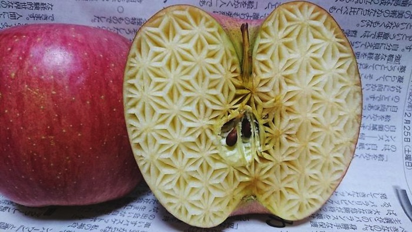 Awesome_Fruit_Vegetable_Carvings_by_Japanese_Artist_Gaku_2017_01