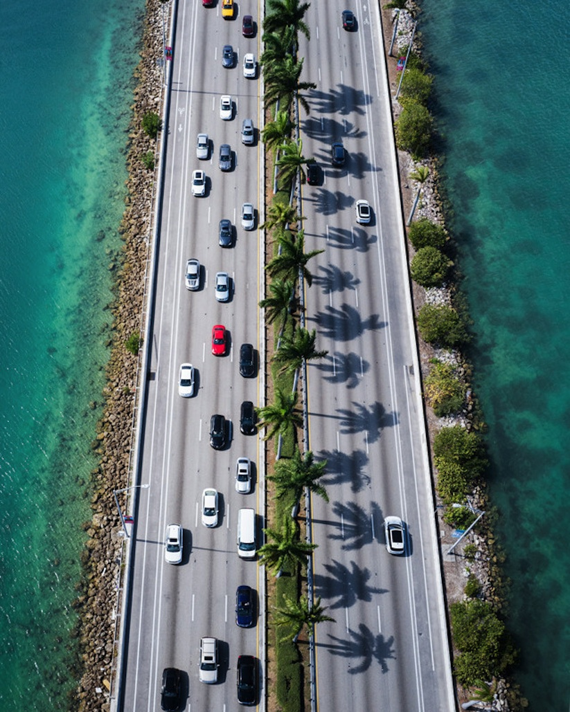 Running_Patterns_Flying_Over_Miami_with_Photographer_Van_Styles_2017_02