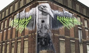Swallow_by_Street_Artist_Ludo_in_Roubaix_France_2017_header