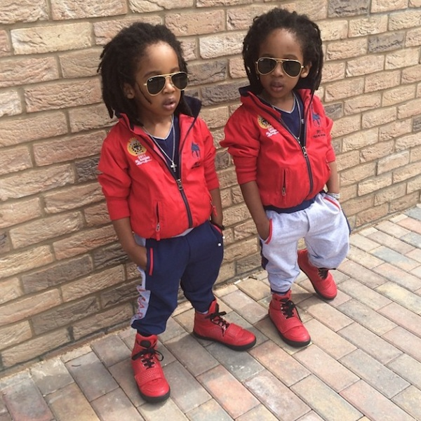 2YungKings_Young_Twin_Brothers_Dressed_In_Matching_Dapper_Outfits_2014_07