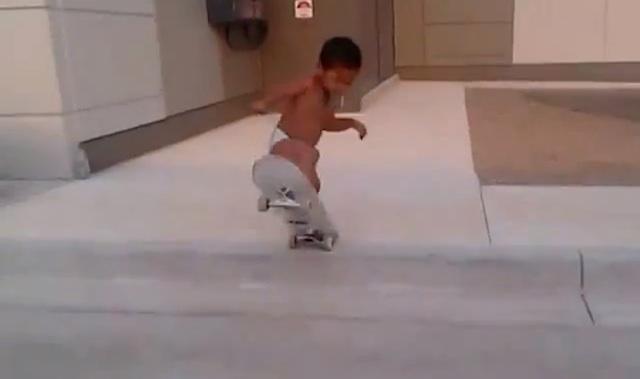 2_yo_skateboarder_02