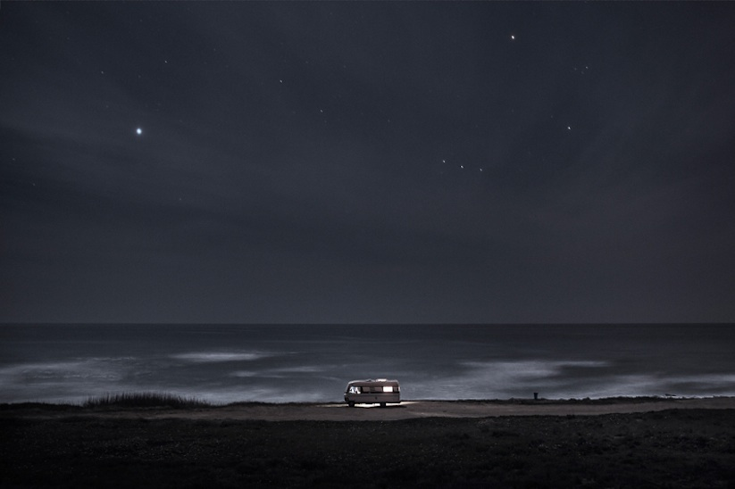 A_Van_in_the_Sea_A_Photography_Project_by_Alessandro_Puccinelli_2014_10