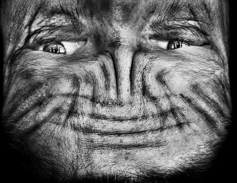 Alienation_Upside_Down_Portraits_Make_People_Look_Like_Aliens_2014_10