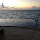 """... und die """"Baros Pool Villas"""" haben einen eigenen Infinity-Pool - der tatsächlich 3m tief ist."""