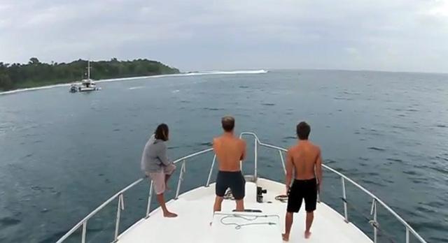 Breaking Point_surfing_1