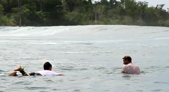 Breaking Point_surfing_2