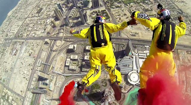 Burj_Khalifa_BASE_Jump_04