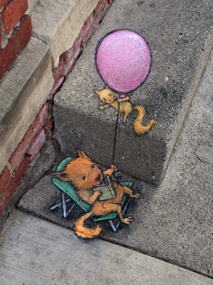 Chalk_and_Charcoal_Art_by_David_Zinn_in_the_Streets_of _Ann_Arbor_Michigan_2014_07