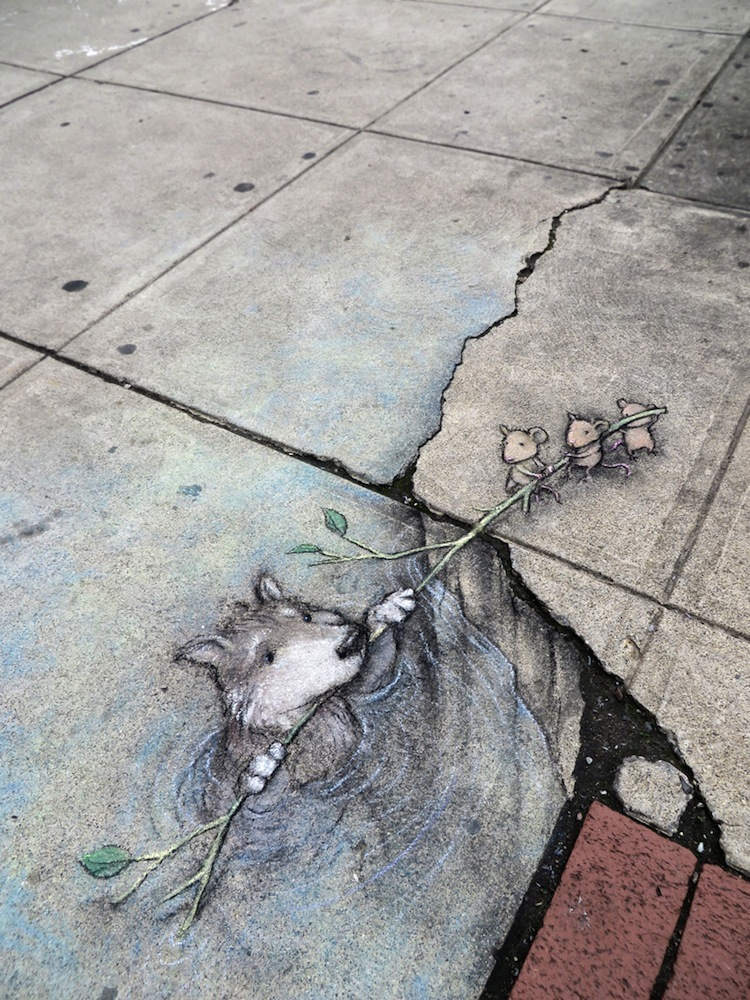 Chalk_and_Charcoal_Art_by_David_Zinn_in_the_Streets_of _Ann_Arbor_Michigan_2014_10