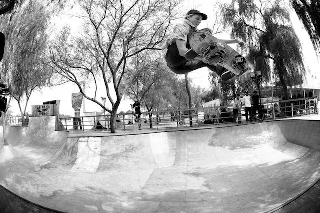 DC-Skate-trip-in-Dubai-02