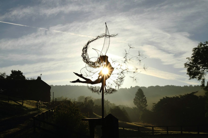 Dramatic_Steel_Wire_Fairy_Sculptures_Dancing_In_The_Wind_by_Robin_Wight_2014_03