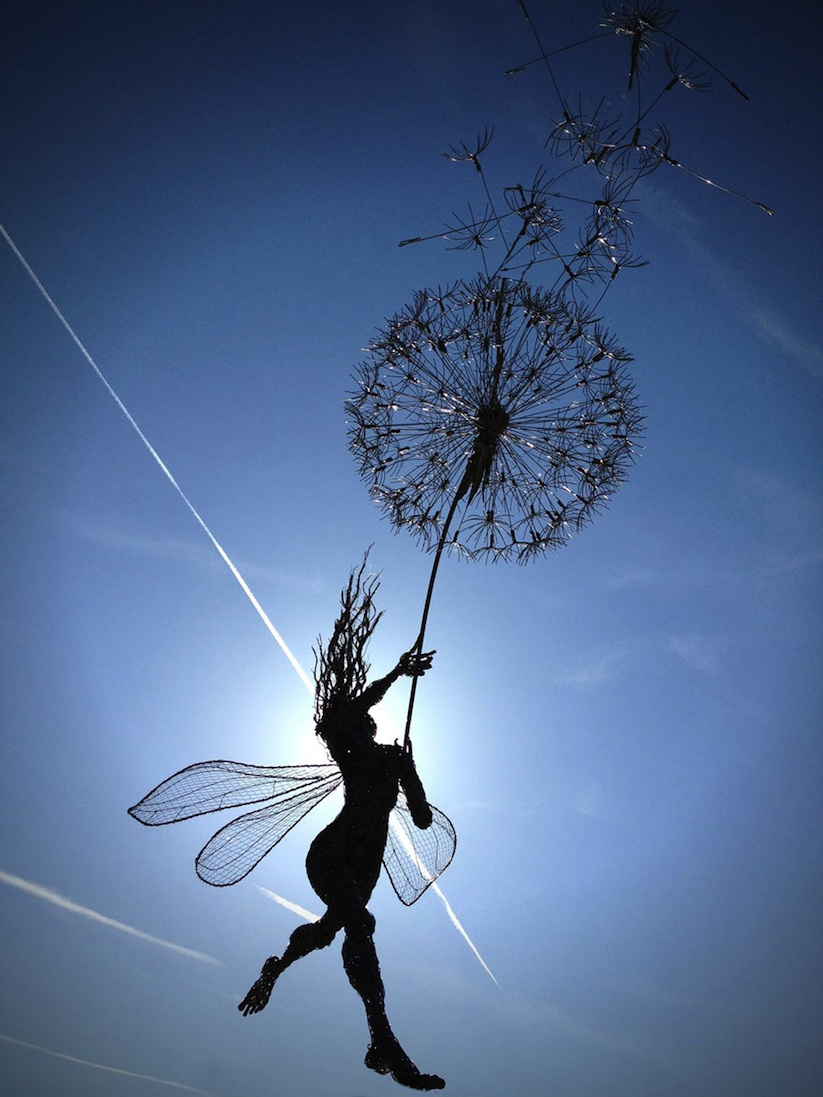 Dramatic_Steel_Wire_Fairy_Sculptures_Dancing_In_The_Wind_by_Robin_Wight_2014_11