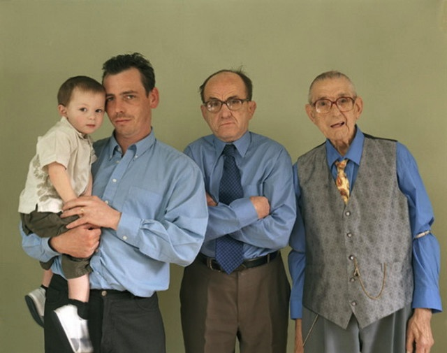 Families_with_5_Generations_in_1_Photo_by_Julian_Germain_2014_06