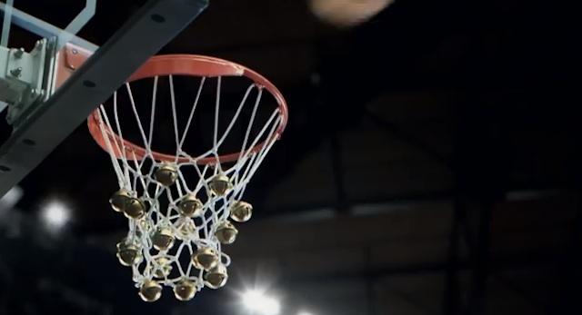 Jingle_Hoops_NBA_2013_01