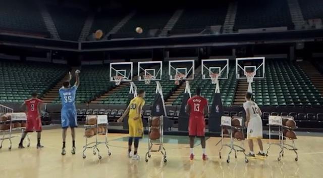 Jingle_Hoops_NBA_2013_02