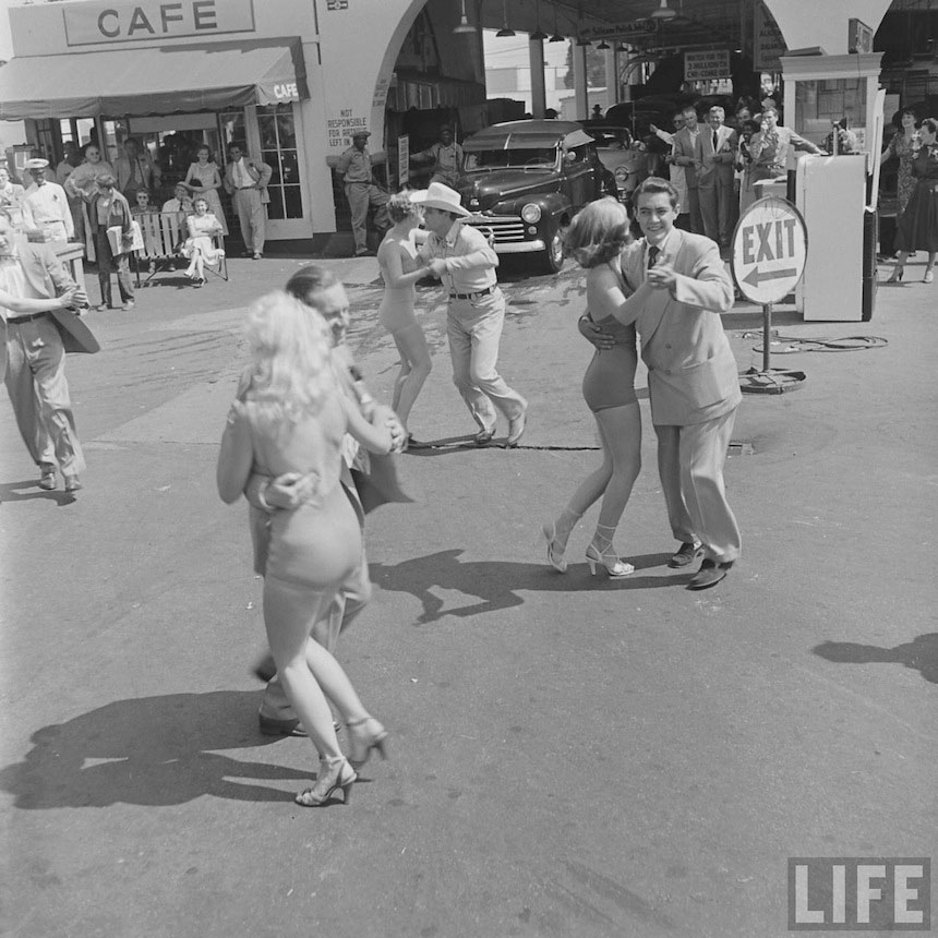 Photography_vintage_1950_carwash_16