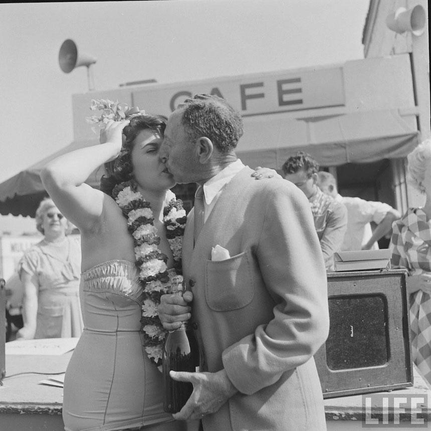 Photography_vintage_1950_carwash_18