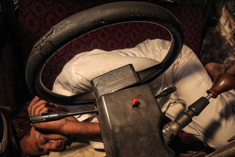 Road_Wallah_Mumbais_Iconic_Taxis_Documented_by_Dougie_Wallace_2014_09