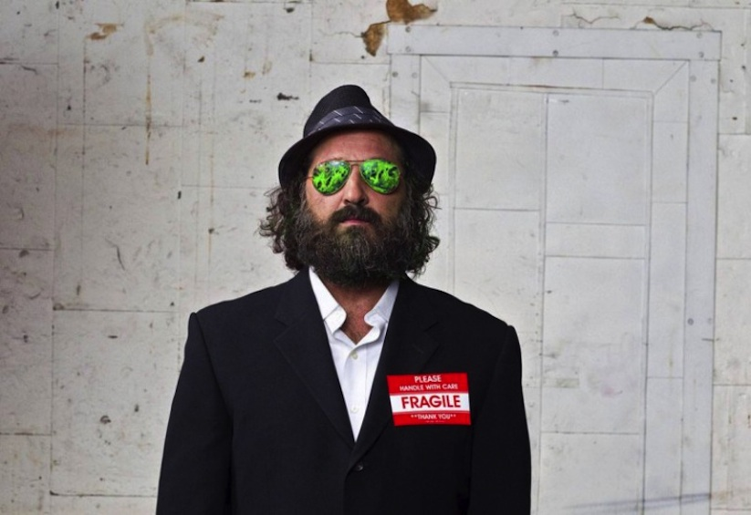 Streetartist_Mr_Brainwash_Portrayed_by_Photographer_Gavin_Bond_2014_07