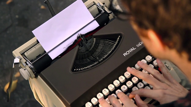 The Roving Typist from New York City_3