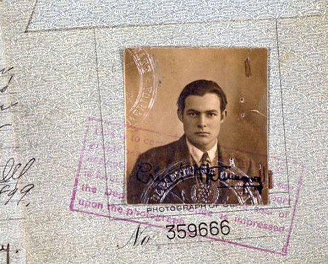 Vintage_passports_01