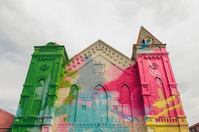 Washington-D.C.-Graffiti-Covered-Church-by-Hense-1