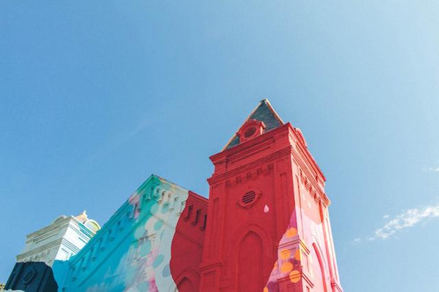 Washington-D.C.-Graffiti-Covered-Church-by-Hense-11