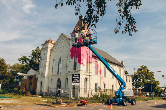 Washington-D.C.-Graffiti-Covered-Church-by-Hense-2