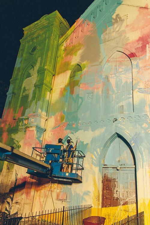 Washington-D.C.-Graffiti-Covered-Church-by-Hense-4