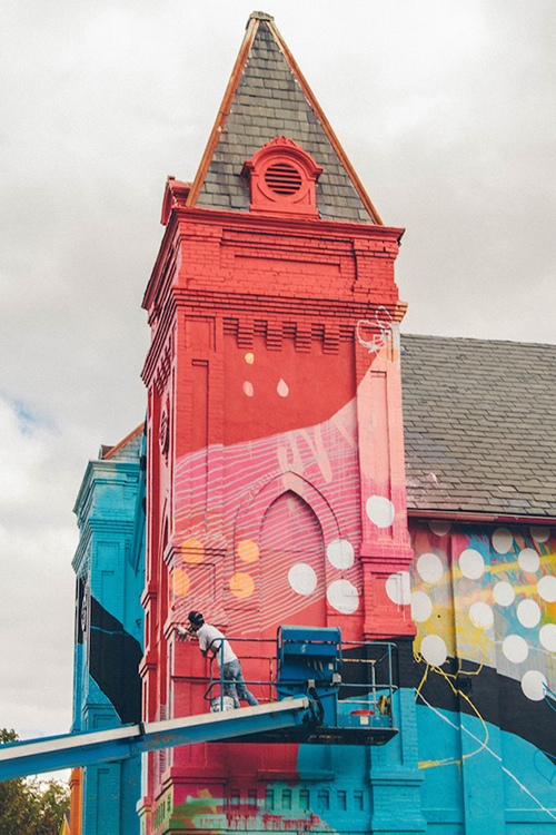 Washington-D.C.-Graffiti-Covered-Church-by-Hense-9