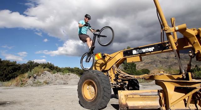 andrew_dickey_bike_aethetic_01
