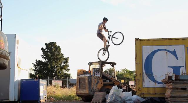 andrew_dickey_bike_aethetic_04