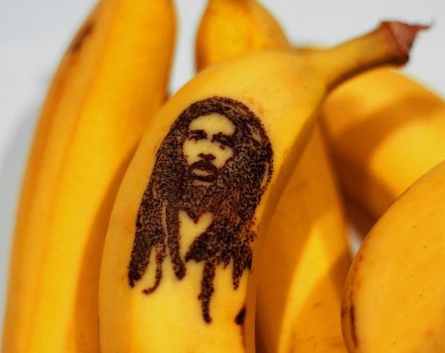 banana_peel_art_05
