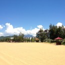 Blick auf das Angsana Resort (links vom Banyan Tree)
