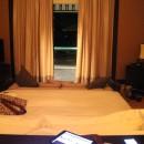 Blick vom Desk auf das Zimmer