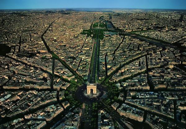 birds-eye-view-aerial-paris