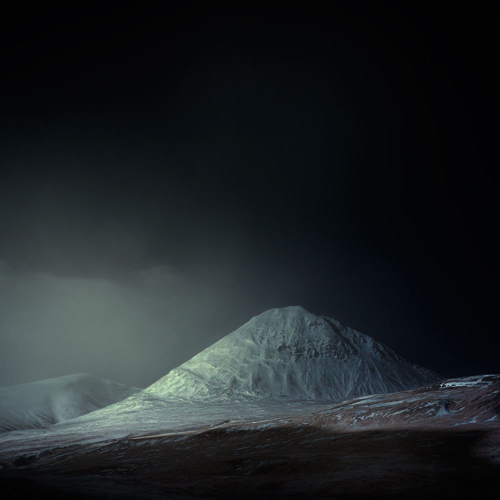 blue_iceland_andy_lee_09