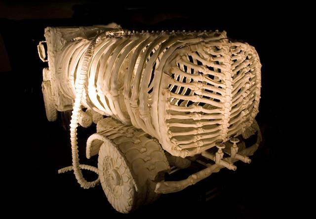bone-vehicles-by-jitish-kallat_02
