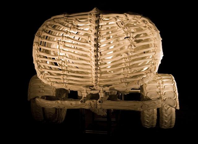 bone-vehicles-by-jitish-kallat_05a
